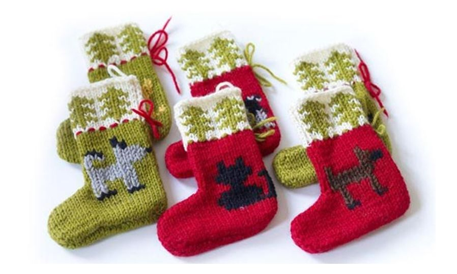 Cat and Dog Holiday Ornaments Free Pattern